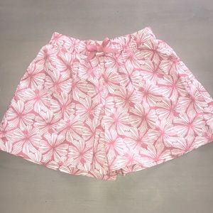 Uniqlo girls shorts WORN ONCE front pockets Sz M